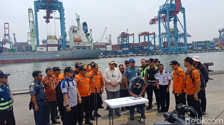 Basarnas Serahkan Puing Pesawat Lion Air ke KNKT