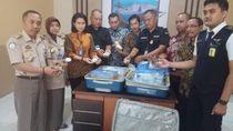Penyelundupan Koral Ilegal 60 Kg Diamankan di Bandara Hasanuddin