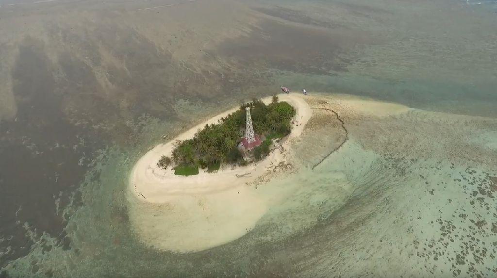 Menjajal Keindahan Pulau Tikus di Bengkulu