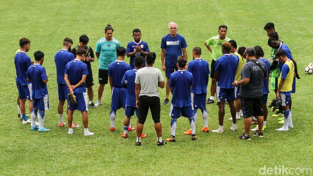 Lupakan Kegagalan di Liga 1, Persib Buru Gelar Piala Indonesia