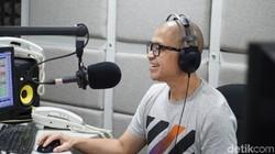 Kemal Vivaveni Mochtar, penyiar radio ini berhasil memangkas berat badannya sebanyak 55 kg! Seperti ini penampilan bugarnya sekarang.