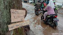 Musim Hujan, Jalan Rusak di Majalaya bak Kubangan