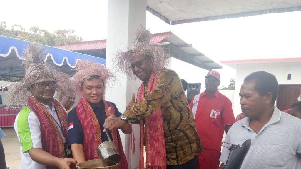 Warga Pelosok Papua Barat Kini Beli BBM Seharga di Jawa