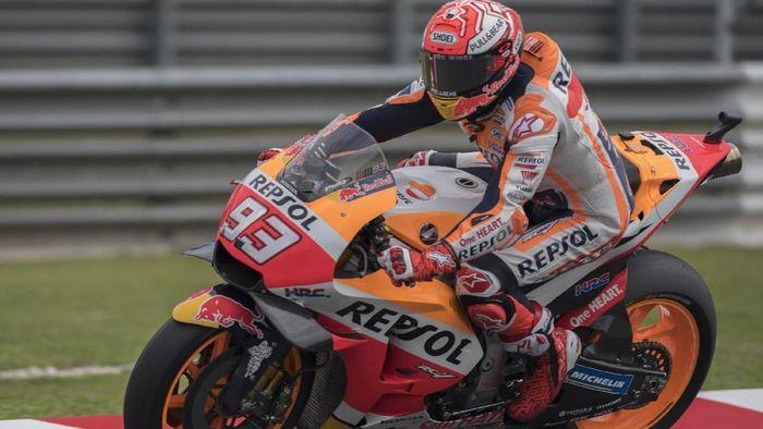 Marc Marquez merebut posisi start terdepan untuk MotoGP Malaysia (Mirco Lazzari gp/Getty Images)