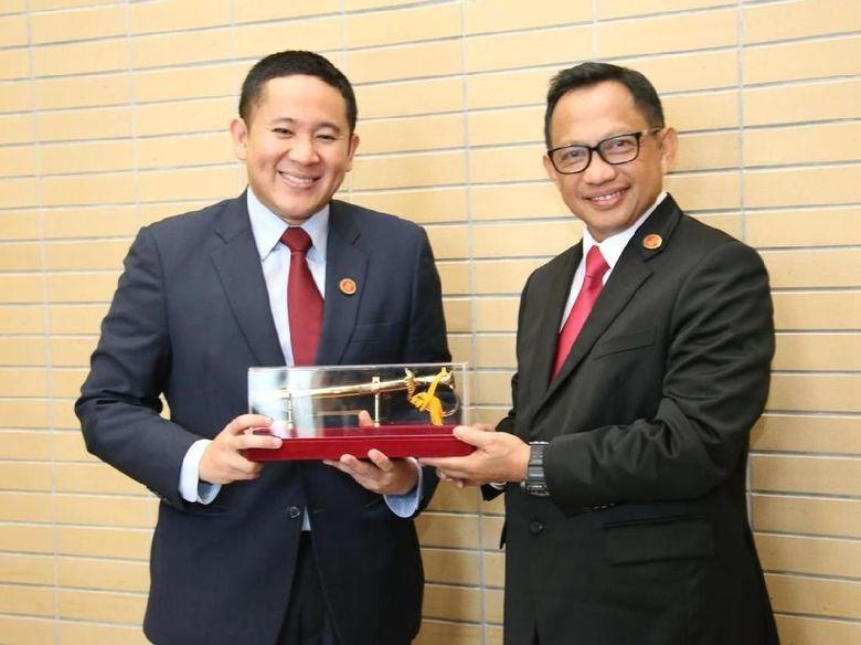 Kapolri Yakinkan Indonesia Aman ke Pejabat Singapura
