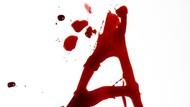 5 Tindakan Tergila Wanita dengan Darah Haid, Ada yang Diminum