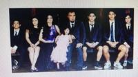 Ahmad Dhani Pajang Foto Keluarga Bareng Mulan, Nggak Mau Kalah dari Maia?
