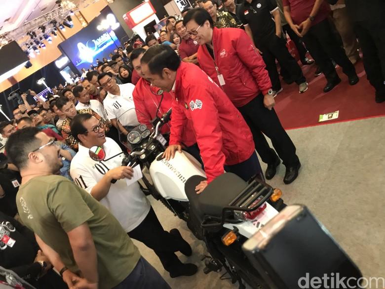 Saat Jokowi Kunjungi IMOS 2018 Foto: Ray Jordan/detikcom