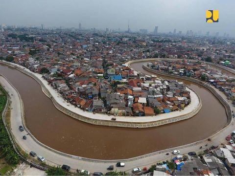 Penampakan terkini Sungai Ciliwung