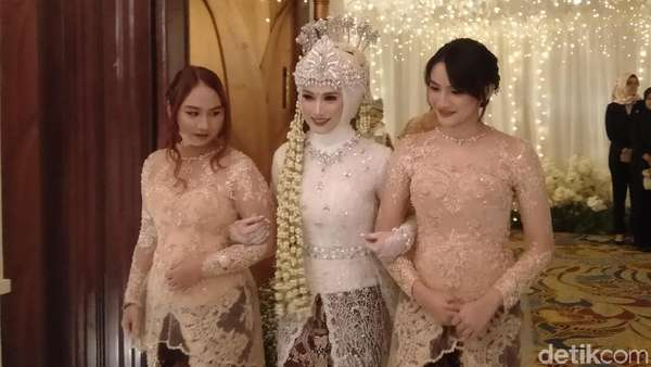 Selamat! Melody eks JKT48 Resmi Nikah