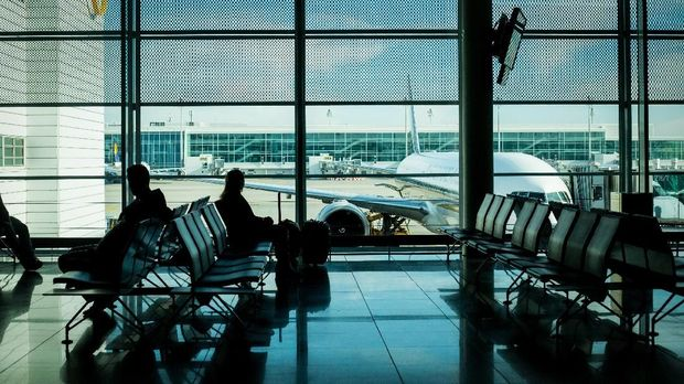 Airport terminal passenger waiting area in Germany.