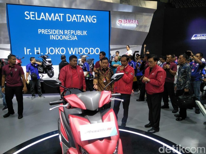 Saat Jokowi Sambangi IMOS 2018 Foto: Ruly Kurniawan/detikOto