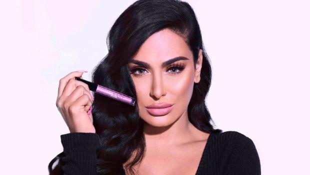 3 Wanita Ini Sukses Jadi Miliuner Dunia Berkat Jual Lipstick