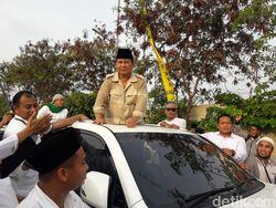 Prabowo-Sandi Mau Naikkan Gaji Guru hingga Rp 20 Juta/Bulan