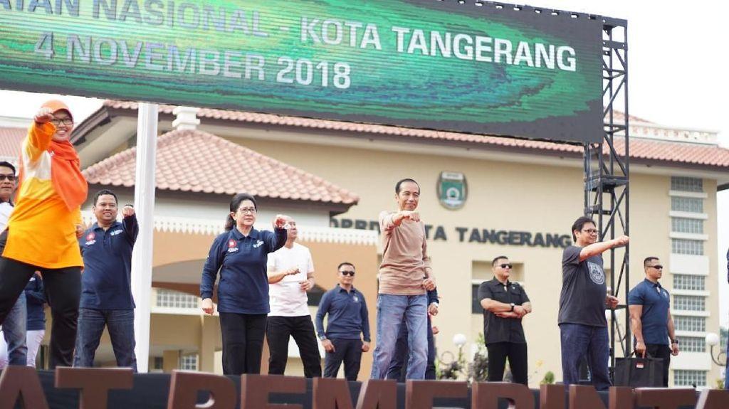 Rayakan Hari Kesehatan Nasional, Tangerang Senam Bareng Jokowi