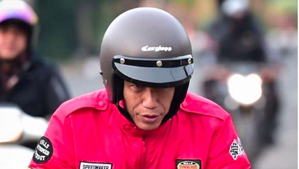 Jokowi dan Putranya yang Gemar Main Motor