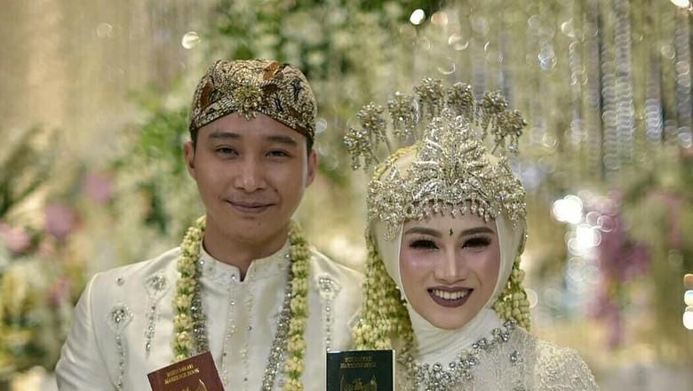Melody Posting Foto Nikah, Netizen Masih Patah Hati