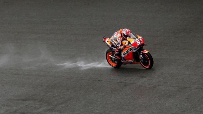 Marc Marquez start dari posisi lima meski sempat terjatuh di kualifikasi. (Foto: Reuters)