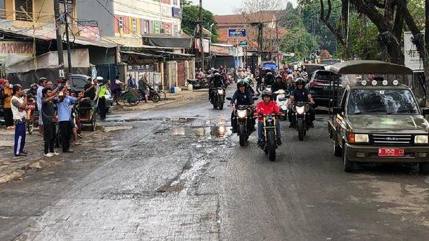Catat! Yang Digugat soal Lampu Motor Harus Nyala, Bukan Cara Konvoi Jokowi