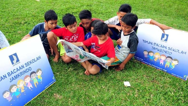 Ilustrasi anak membaca/ Foto: dok. Jamkrindo