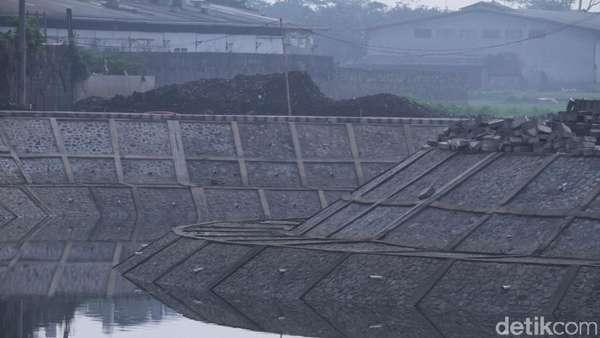 Cieunteung Tak Bisa Atasi Banjir, Ridwan Kamil: Perlu 4 Kolam Lagi