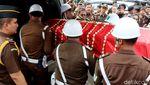 Tangis dan Haru Saat Jaksa Korban Lion Air Akan Dikebumikan