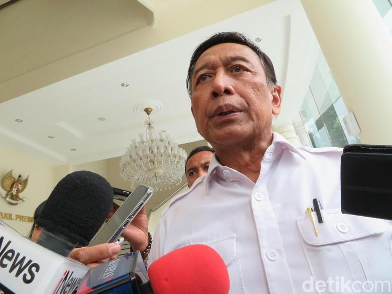 BIN Sebut 50 Penceramah Berpaham Radikal, Wiranto: Awasi, Bersihkan