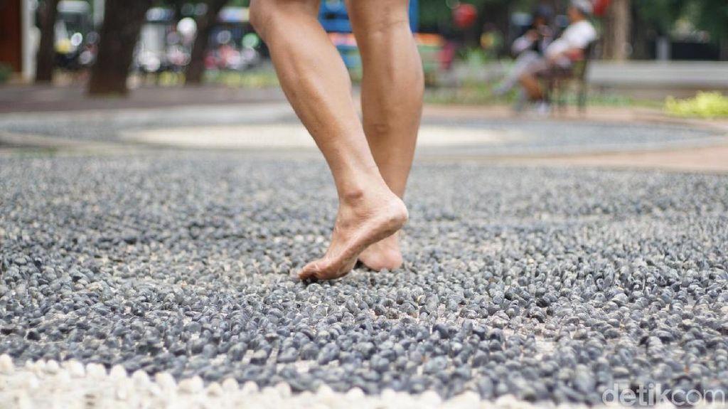 Senin Pagi di Lapangan Banteng, Berkeringat Pangkal Sehat