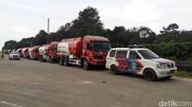 Hindari Macet, Polisi Kawal Truk Tangki BBM di Riau
