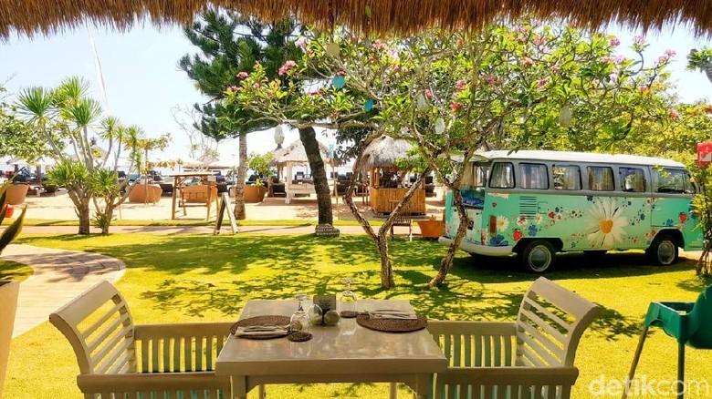 Pemandangan dari Menega Restaurant di Sol beach house Bali Benoa (Fitraya/detikTravel)