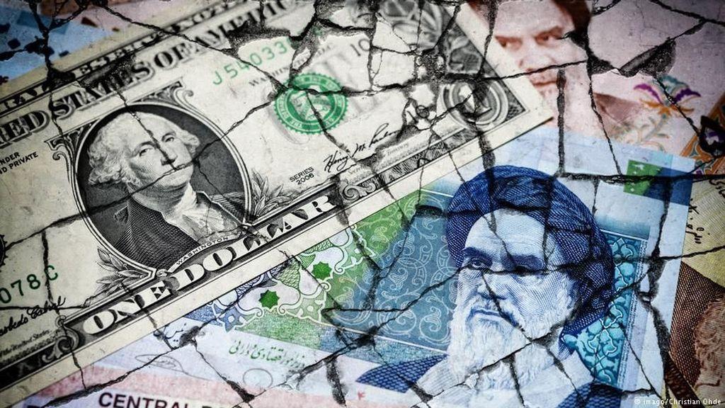 Presiden Rouhani: Iran Akan Lawan Sanksi AS dan Terus Jual Minyak