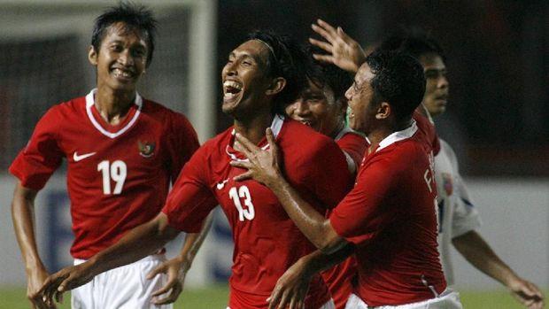 Generasi-generasi terbaik sepak bola Indonesia tidak pernah meraih gelar Piala AFF.
