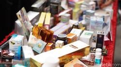 Badan Pengawas Obat dan Makanan RI (BPOM), berhasil menyita sejumlah obat kuat ilegal yang penyebarannya dilakukan secara online senilai Rp 17,4 miliar.