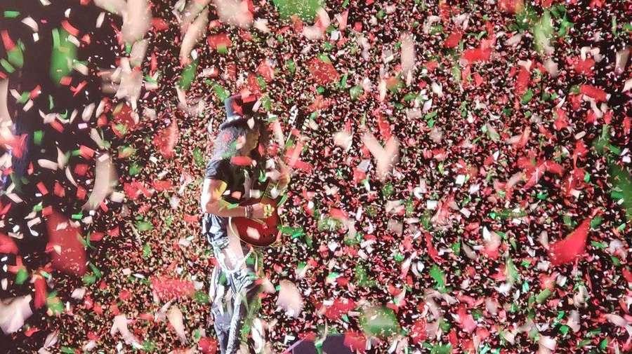 Serunya Konser Guns N Roses di Mexico