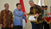 Gubernur Ganjar Dorong Kabupaten Kota di Jateng Lebih Informatif