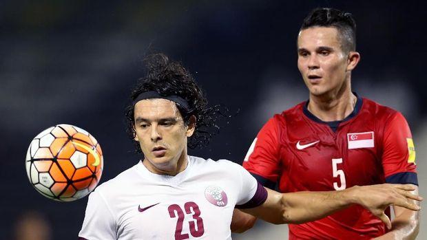 Baihakki Khaizan (kanan) siap membawa Singapura mengalahkan Timnas Indonesia.