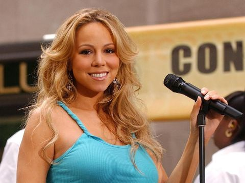 398635 03: Singer Mariah Carey performs at the Z-100 Jingle Ball December 13, 2001 at Madison Square Garden New York City. (Photo by George De Sota/Getty Images)