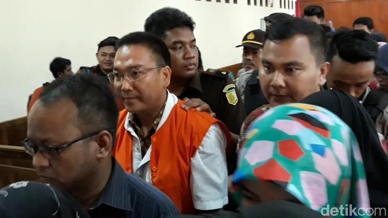 Kasus Iwan Adranacus Pascadamai dengan Keluarga Korban