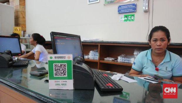 Turis China dan Geliat Transaksi Wechat Pay Tanpa Aturan