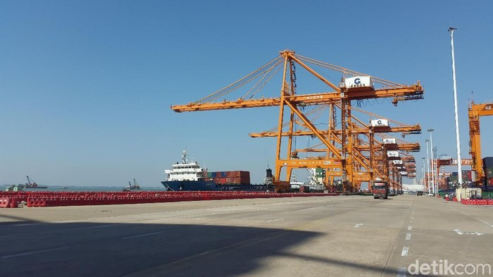 Pelabuhan China