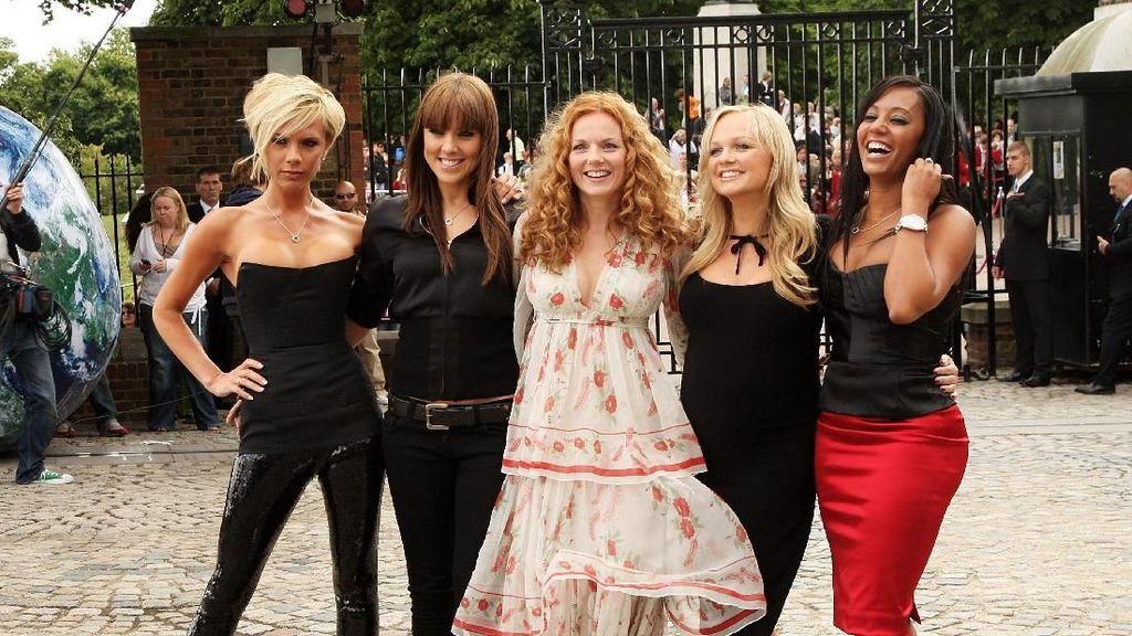 Mantul! Victoria Beckham Dapat Rp 18 M Padahal Tak Ikut Tur Spice Girls