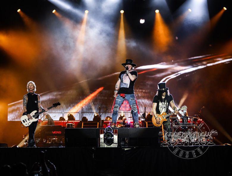 Guns N Roses akan tampil di Stadion Utama Gelora Bung Karno, Jakarta Pusat pada 8 November 2018. Namun sebelumnya, mereka lebih dulu konser di Mexico. Foto: dok. Twitter Guns N Roses