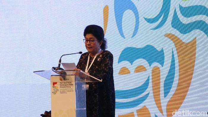 Menkes Nila F Moeloek (Foto: Khadijah Nur Azizah/detikHealth)