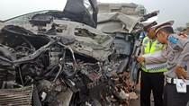 Ini Identitas Lima Korban Tewas Kecelakaan di Tol SuMo