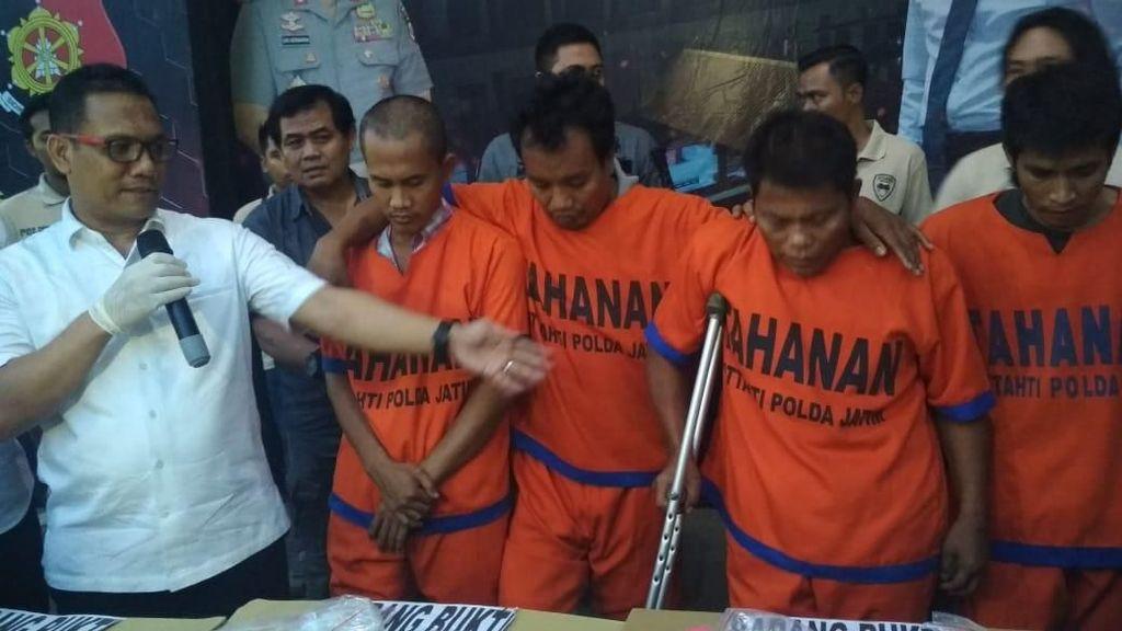 Enam Perampok Bos Toko Emas di Sumenep Ditangkap, Tiga Ditembak