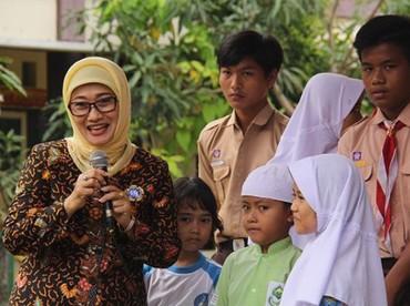 Menurut Ridwan Kamil, alasan pengunduran diri Anna Sophanah adalah alasan keluarga. (Foto: Instagram @annasophanah)