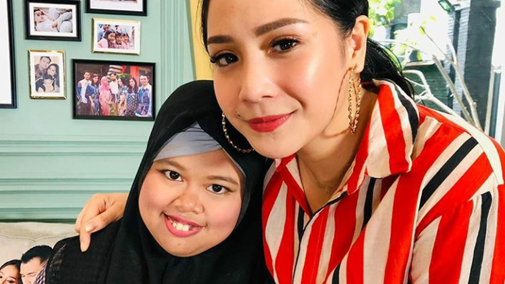 Nagita Tanggapi Kepolosan Kekeyi yang Salah Tag dan Crop Foto