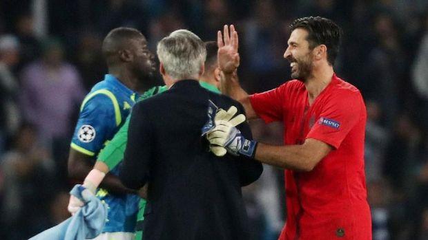 Buffon merasa diperlakukan tidak adil karena kartu merah pada musim lalu.