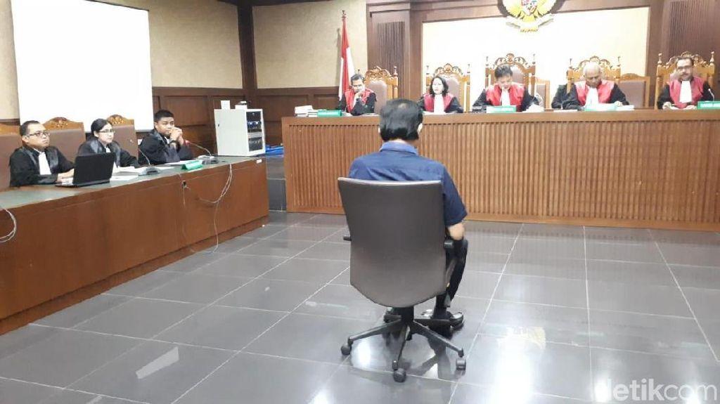 Bantu Eddy Sindoro, Pegawai AirAsia dan Imigrasi Disebut Terima Uang