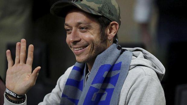 Valentino Rossi merupakan pendukung setia Inter Milan.